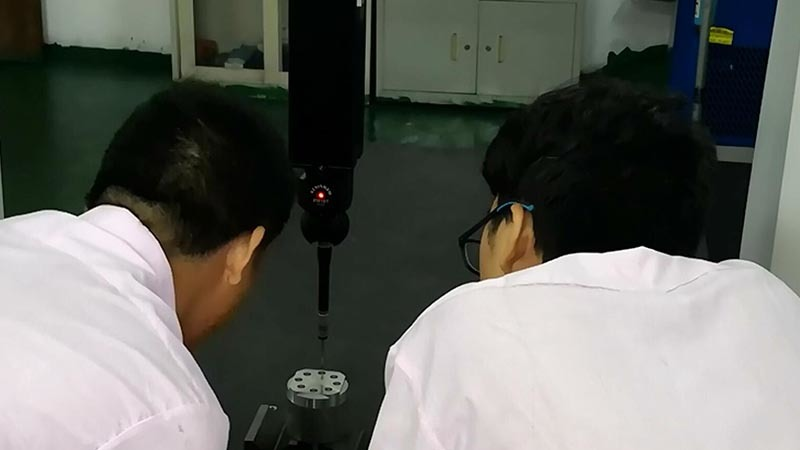 Turning center lathe machine B8D indexing accuracy test (1)